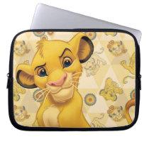 Lion King | Simba on Triangle Pattern Laptop Sleeve