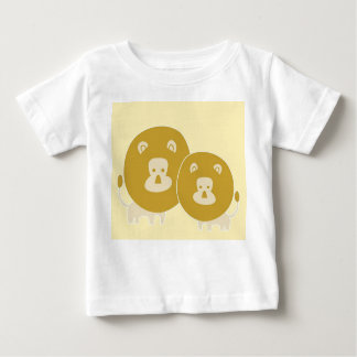 Lion on plain yellow background. baby T-Shirt