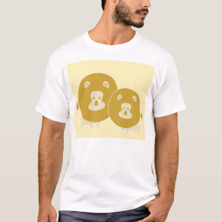 Lion on plain yellow background. T-Shirt