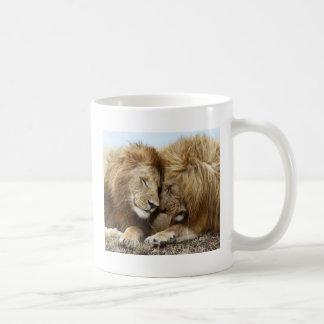 lion pic coffee mug