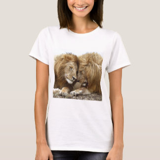 lion pic T-Shirt