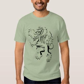 lion print tee shirt