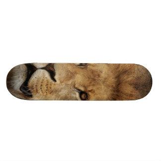 Lion Skateboard