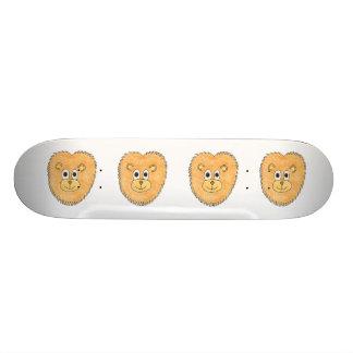 Lion. Skateboard