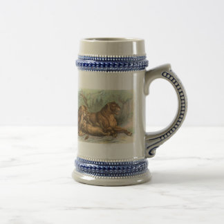 Lioness and Cubs, Felis leo Beer Stein