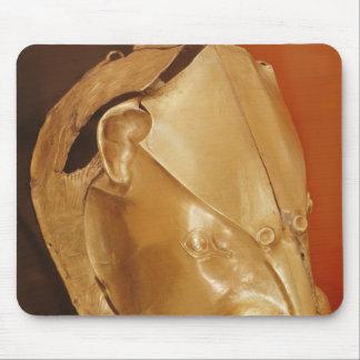 Lion's head rhyton mouse pad