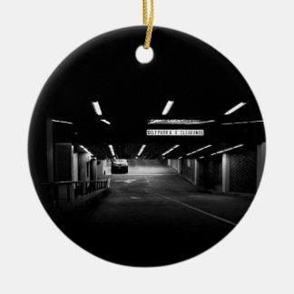 Liquidación del estacionamiento del uno mismo del adorno navideño redondo de cerámica