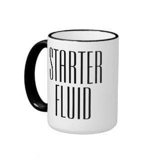 Líquido divertido del arrancador del café tazas