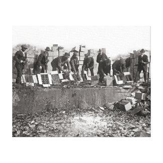 Liquor de contrabando de destrucción, 1923 impresión en lienzo
