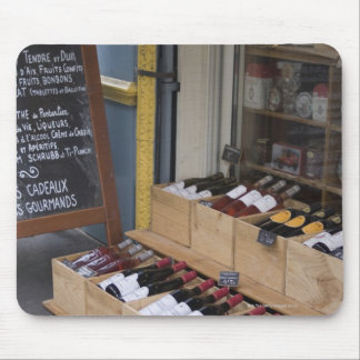 Liquor Store in Paris Mousepads