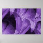 Lirio abstracto púrpura por la marca Moore Posters