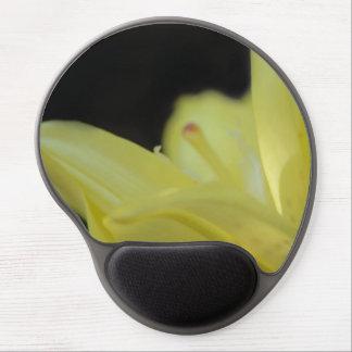 Lirio amarillo alfombrillas de ratón con gel