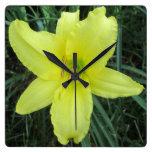 Lirio amarillo limón