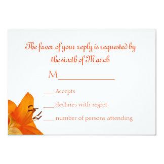 Lirio asiático anaranjado que casa la tarjeta de invitación 12,7 x 17,8 cm