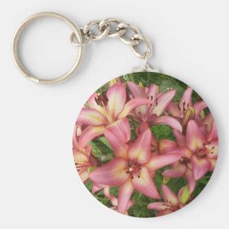 Lirio asiático rosado llavero redondo tipo pin