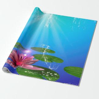 Lirio de agua hermoso con el chapoteo del agua papel de regalo