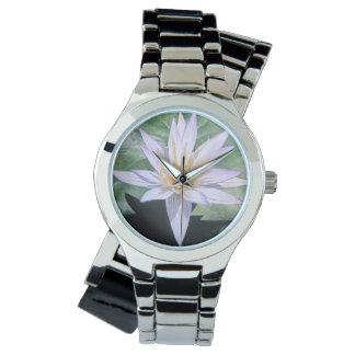 Lirio de agua tropical relojes de pulsera