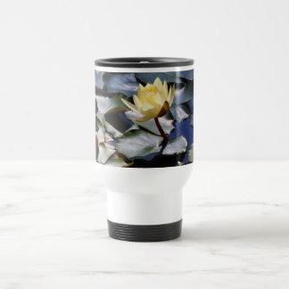 Lirio de agua y taza de Lilypads