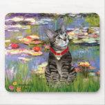 Lirios #2 - Gato de tigre del Tabby 31 Alfombrilla De Raton