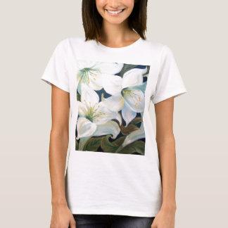 LIRIOS BRANCOS T-Shirt