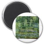 Lirios de agua de Claude Monet y puente japonés Imanes De Nevera