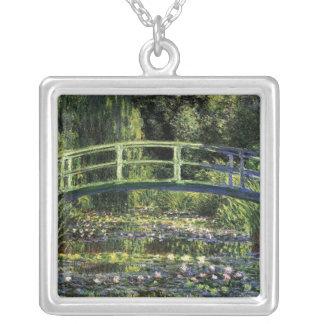 Lirios de agua y puente japonés joyerias personalizadas