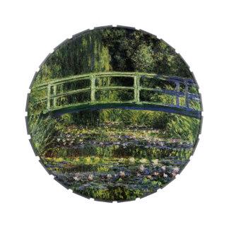Lirios de agua y puente japonés jarrones de dulces