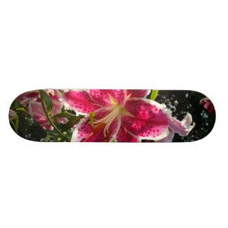 Lirios de día rosados skate boards