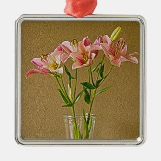 Lirios rosados del Stargazer en florero Ornatos