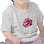 Lirios y rosas del Stargazer Camisetas