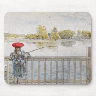 Lisbeth una pesca de la niña de Carl Larsson Tapetes De Ratón