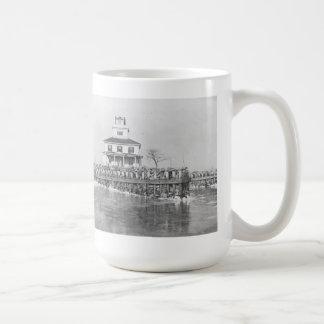 Liston Range Front Lighthouse Coffee Mug