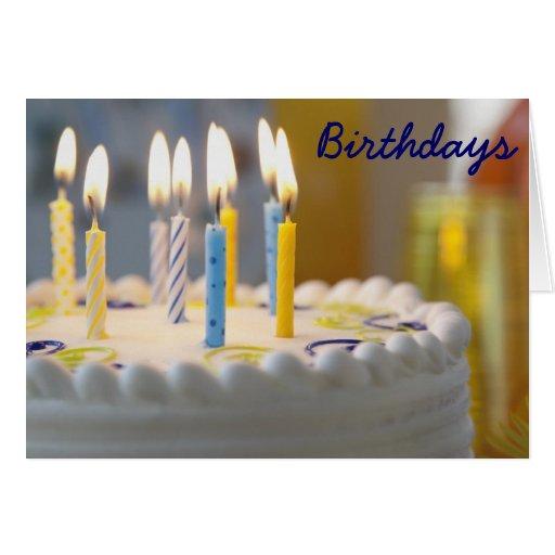 Lit de la torta de cumpleaños y tarjeta de cumplea