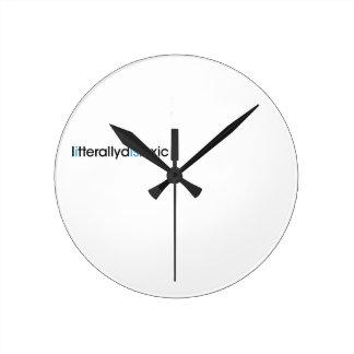 literally dyslexic round clock
