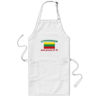 Lithuanian orgulloso delantal largo