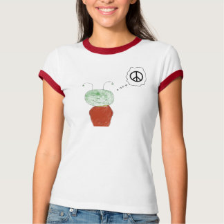 Little alien wants peace T-Shirt