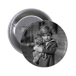 Little Boy con el oso de peluche: 1923 Pins