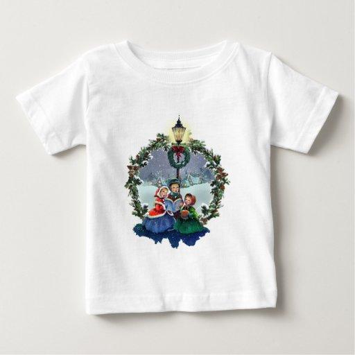 LITTLE CAROLERS & WREATH by SHARON SHARPE Shirt