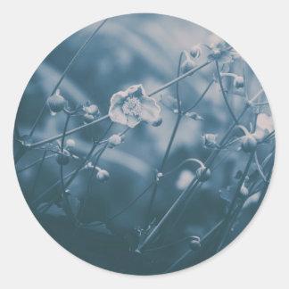 Little Flower (Blue) Classic Round Sticker