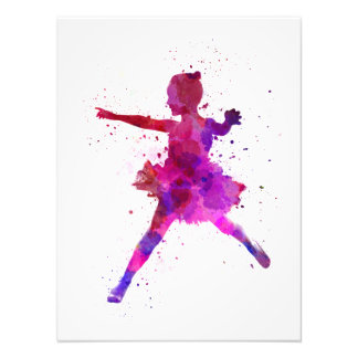 Little girl ballerina ballet dancer dancing fotografía