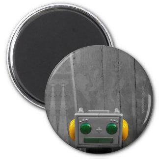 Little Grey Robot | Round Magnet Designs