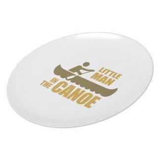 Little man in the canoe dinner plate