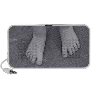 Little toes notebook speaker