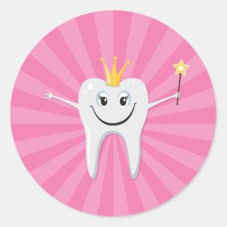 Little tooth fairy on a pink sunburst background classic round sticker