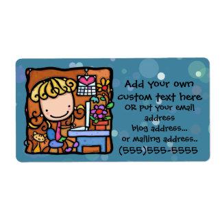 LittleGirlie loves to sell on ebay from home Label
