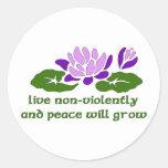 Live Non-Violently Classic Round Sticker