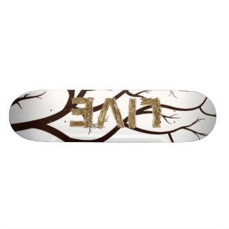 LIVE Skateboard