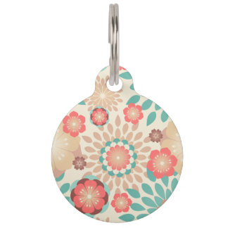 Lively warm spring flowers blooming pattern pet tag
