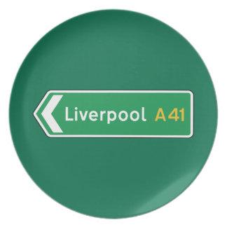Liverpool señal de tráfico BRITÁNICA Plato De Comida