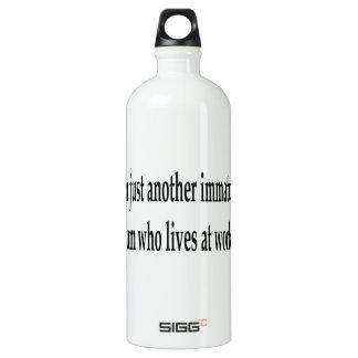 Living At Work SIGG Traveler 1.0L Water Bottle